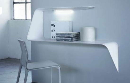 Floating Desk Shelves http://floatingshelf.org/10-floating-shelf-decorating-ideas/