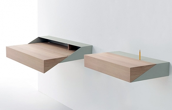 Floating Desk Shelves http://floatingshelf.org/small-floating-shelves-that-looks-modern-and-have-good-storage/