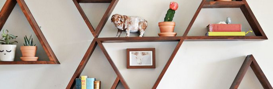 Triangle floating shelves ideas to decor your room